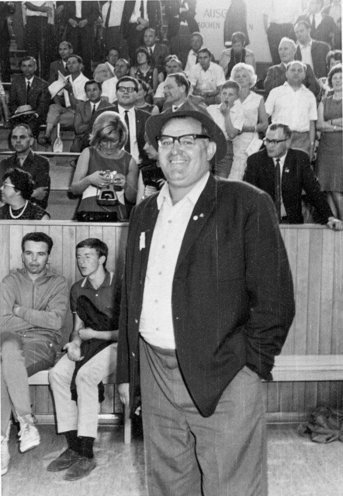 "War Wegbegleiter bei acht Deutschen Meisterschaften: Walter ""Pulver"" Kaiser (Slg. Jürgen Loibl)."